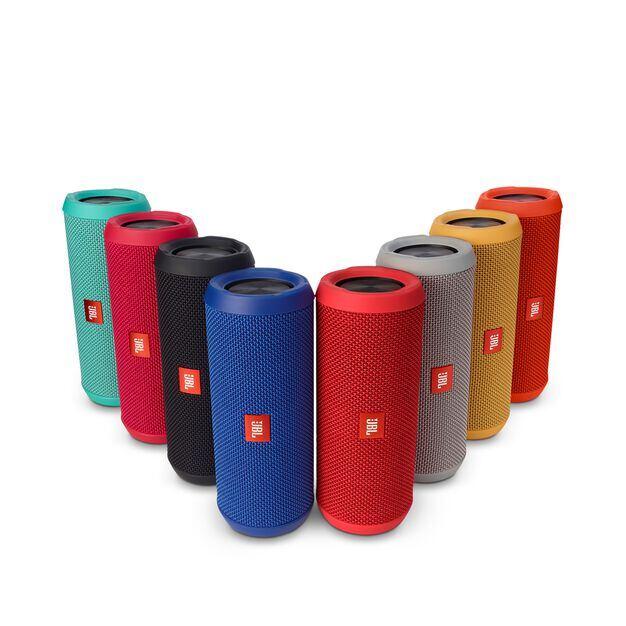 JBL Flip 3 - Yellow - Splashproof portable Bluetooth speaker with powerful sound and speakerphone technology - Detailshot 5