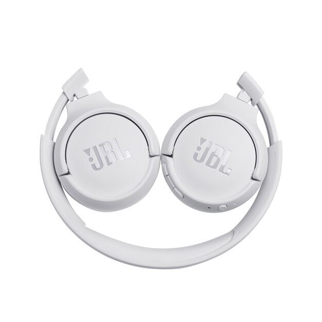 JBL TUNE 500BT - White - Wireless on-ear headphones - Detailshot 2