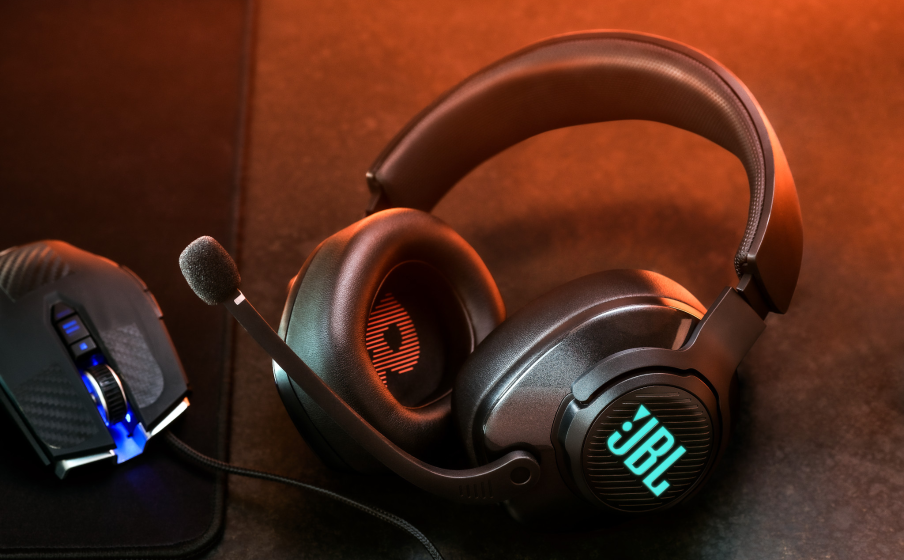 JBL QuantumSOUND Signature gives you a true audio edge